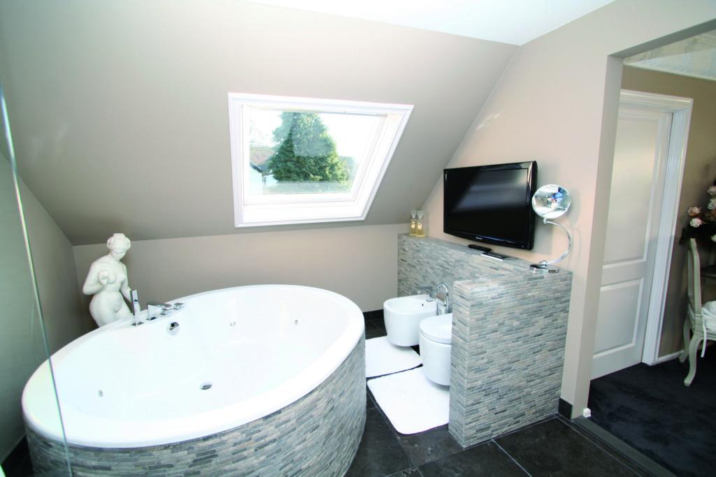 Badkamerverlichting en geluid