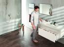 TIP-ON BLUMOTION zorgt voor rust en stilte in de badkamer