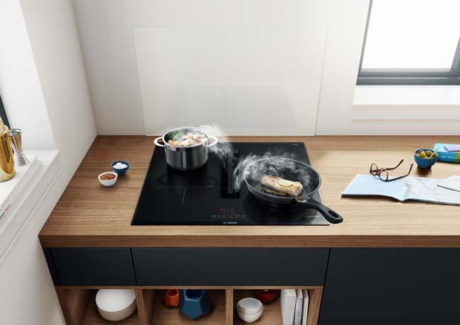 Uniek: 60 cm brede kookplaat met afzuiging van Bosch