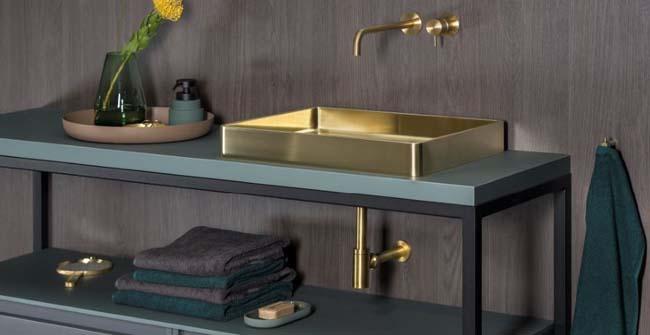 Trend: badkamer met een gouden randje