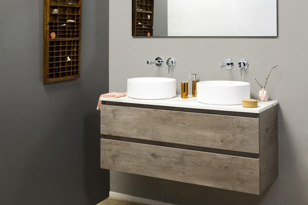 Dekker_Lavanto-opbouwkommen-mat-wit-op-bovenblad-van-keramiek-Palazzo-en-Lavanto-Allasio-meubel-Lancelot-grey-1024x682.jpg