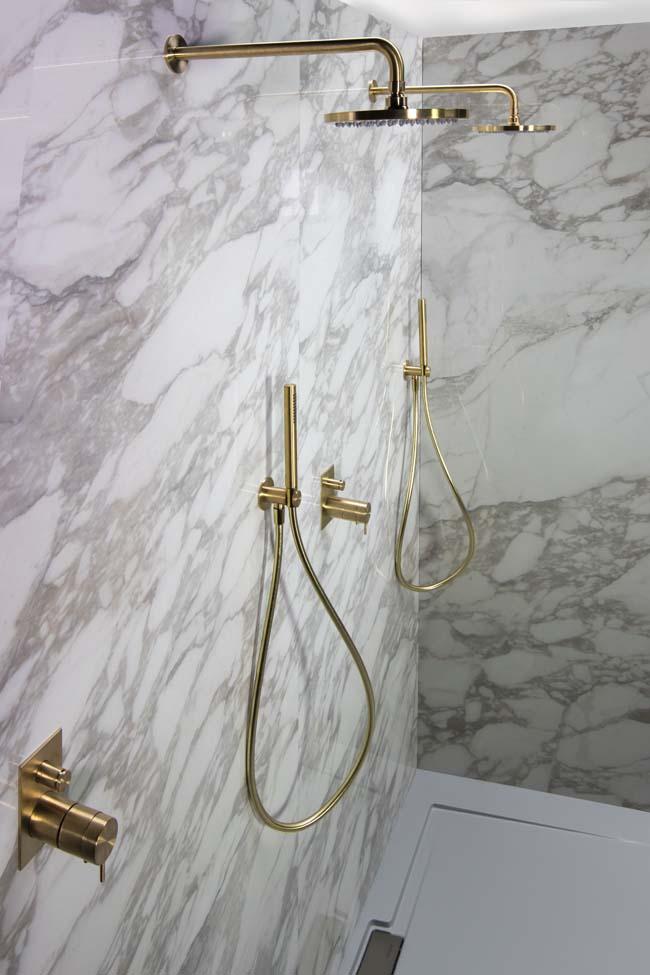 Waterevolution geeft de badkamer kleur