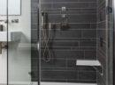 Comfortabel zittend douchen