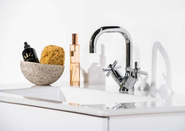 Showroom Badkamer Venlo : Venlo nimbus cross klassieke kraan voor keuken en badkamer