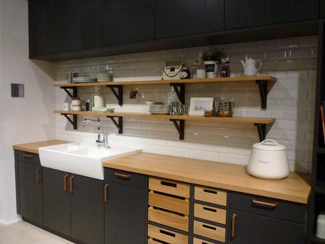 Keuken Zwart Stoere : Zwarte keuken is stijlvol en chique voorlichtingsburo wonen