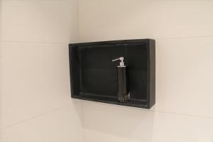 Opgebouwde muurnis 45x30cm mat zwart