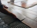 Behaaglijke vloertegels met vloerverwarming