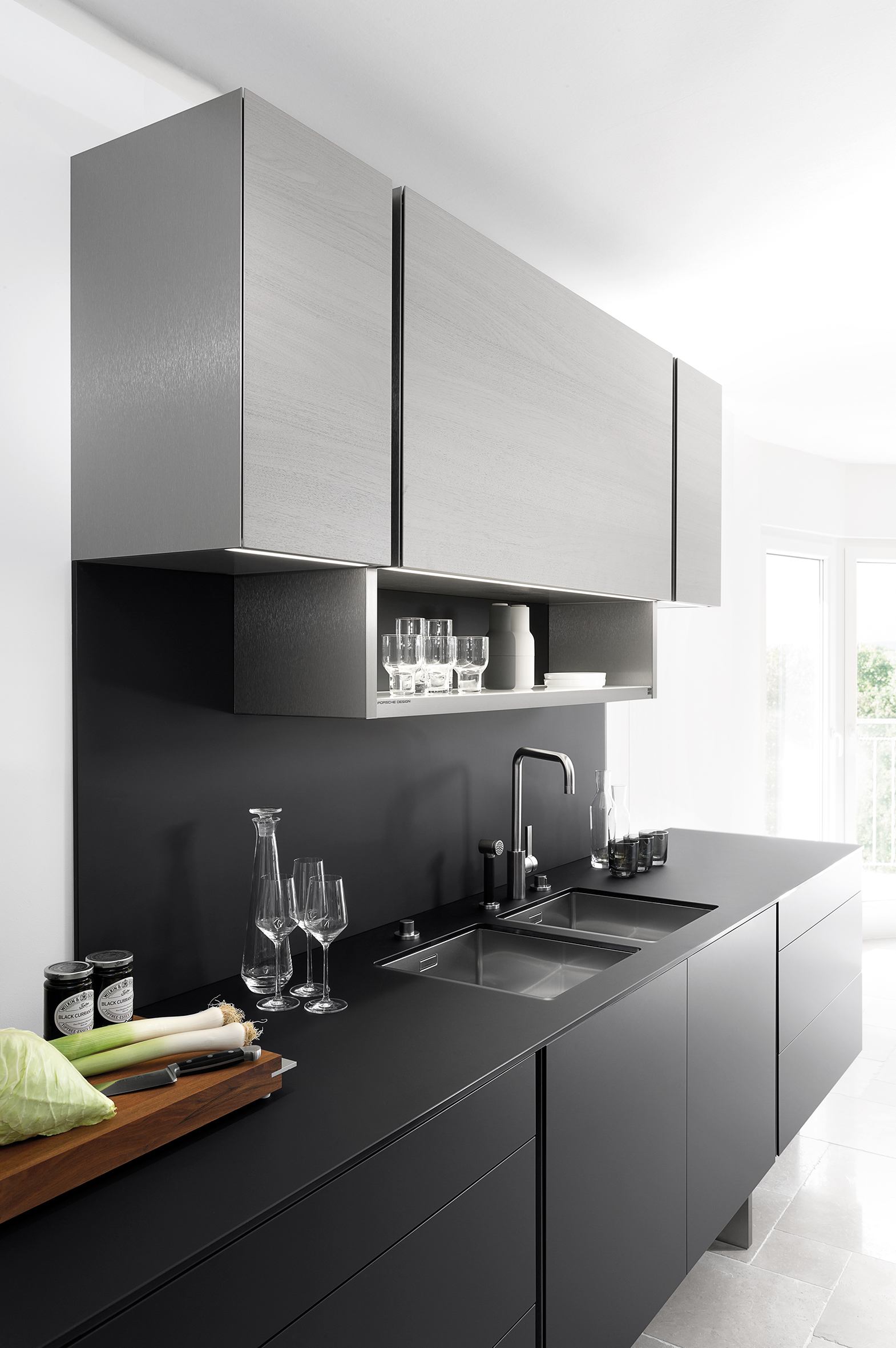 porsche keuken wint red dot award 2015 voorlichtingsburo wonen. Black Bedroom Furniture Sets. Home Design Ideas