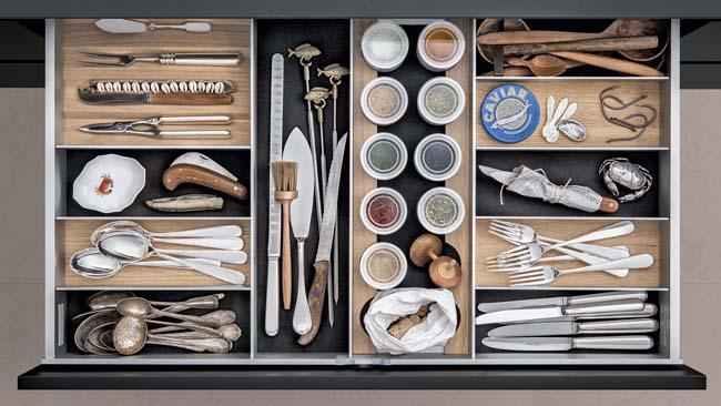 Keukenlades individueel en functioneel ingericht