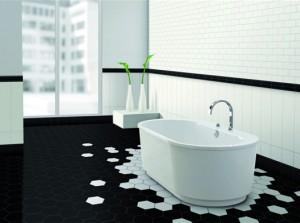 Badkamer tegels in speels zwart wit voorlichtingsburo wonen - Badkamer zwarte vloer ...