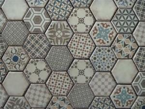 Tegels Met Motief : Behang je wand met decoratieve tegels voorlichtingsburo wonen