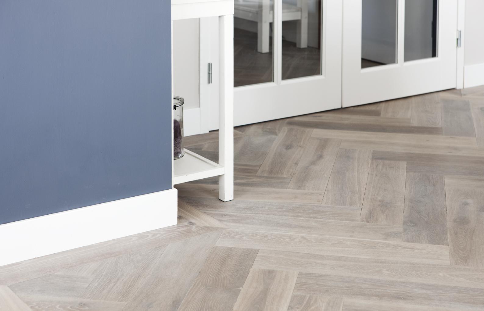 Meer dan 1000 idee n over visgraat vloeren op pinterest - Vloeren vinyl cement tegel ...
