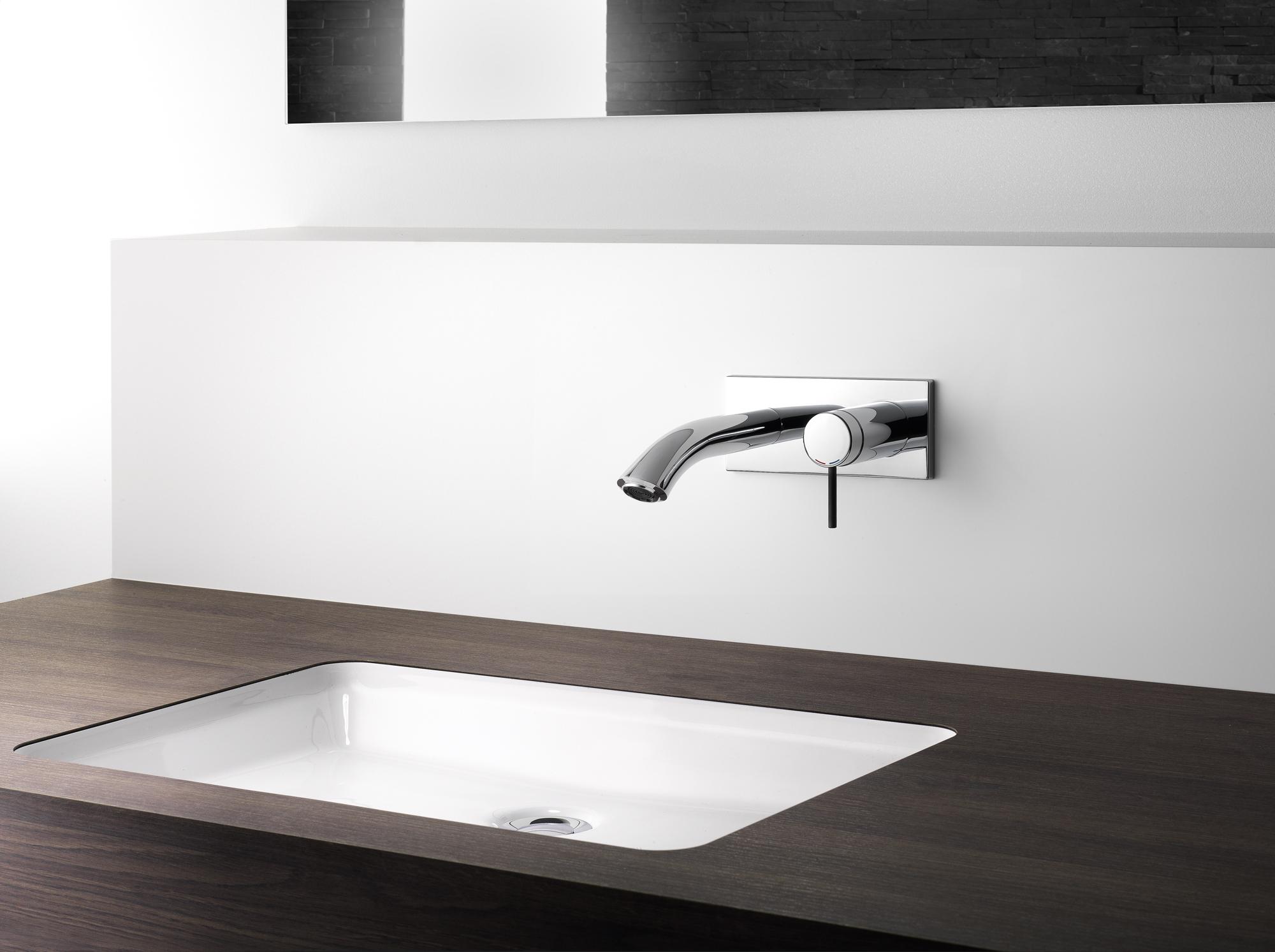 nieuw mengkraandesign vormt opvallend contrast. Black Bedroom Furniture Sets. Home Design Ideas
